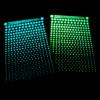 Hvězdná obloha ze Spaceglo.cz obsahuje 2 barevné varianty svítících hvězdiček. Modrou a zelenkavou.